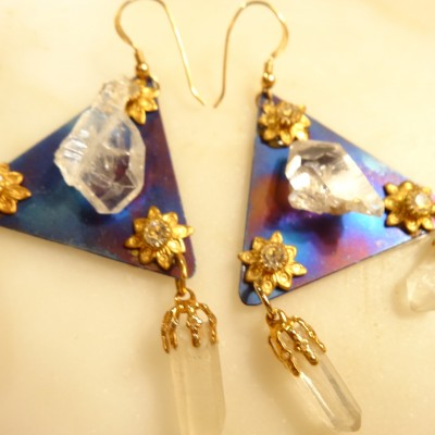 high-tech-shaman-crystal-titanium-earrings-2