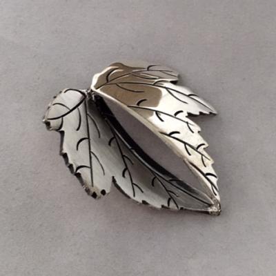 olga-jusidman-silver-leaf-pin